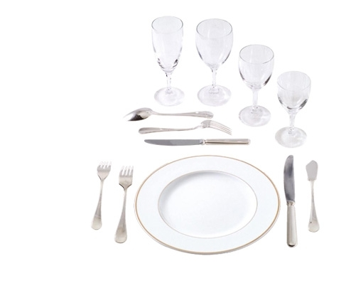 Location verre cristal couverts argents assiette filet or