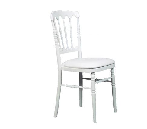 location de table et chaises finest location de table en bois ovale with location de table et. Black Bedroom Furniture Sets. Home Design Ideas