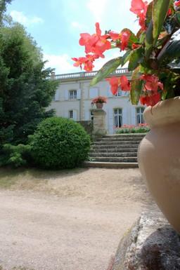 Matériel à louer pour un mariage au Château de Caseneuve